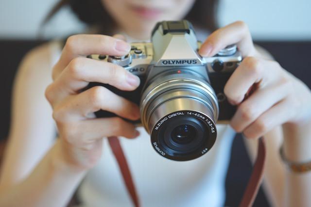 一眼レフカメラとミラーレスの違い